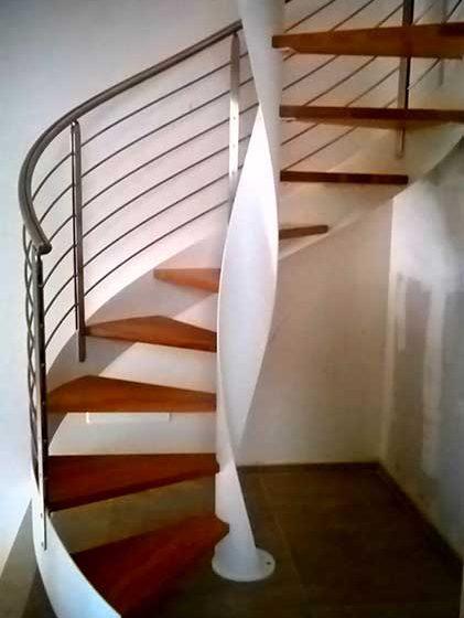 scale elicoidali in legno